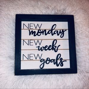 New Monday, New Week, New Goals Desk Decor
